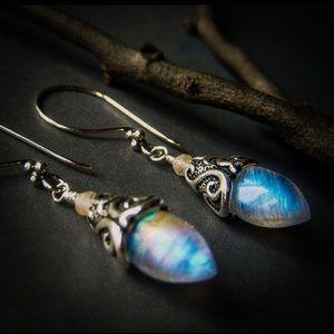 S925 Vintage Rainbow Moonstone Floral Earrings 🌈